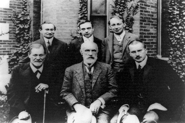 خودشناسی یونگ و فروید