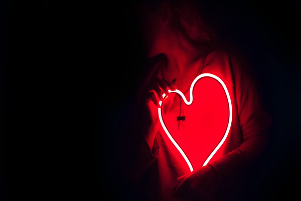 رابطه-عاطفی-ناسالم-چیست